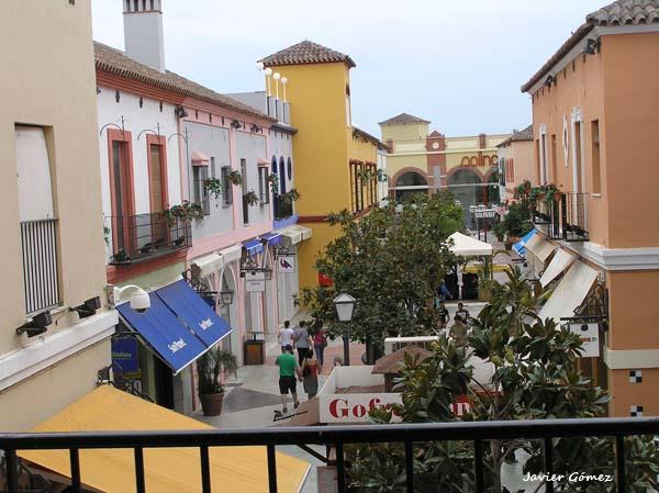 Compras en Plaza Mayor en Málaga