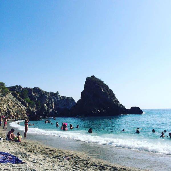 Playa de El Cañuelo - Nerja